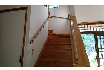 <手すり施工事例 vol.3>階段に手すりの取り付け